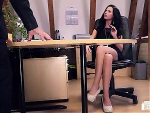 booties Buero - German secretary boned by manager on a desk