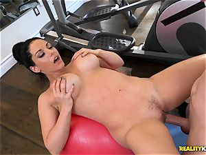 Bella Reese nailed ball sack deep in the gym