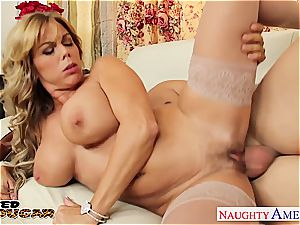 lustful mummy Amber Lynn Bach taking a thick lollipop
