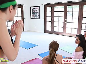 Some vag yoga with Daisy Marie