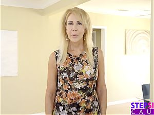 mom Caught step-brother Creaming Step Sisters muff