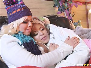 Apres ski 3some activity with Yurizan Beltran and Britney Amber