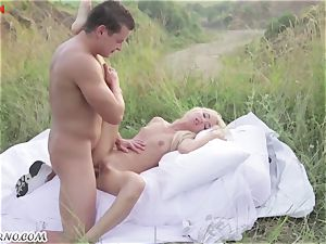 Victoria Puppy - nude bombshell in nature