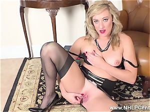 platinum-blonde finger pounds humid puss in girdle vintage nylons