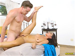 nasty real estate agent Sophia Leone jams a clients meatpipe in her mouth