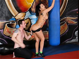 asian sweetheart London Keyes romps her stud after a workout