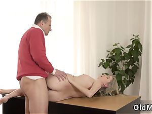 group sex Stranger in a huge house knows how to sizzling you up