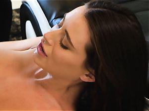 Lana Rhoades slides that stiff boner into her sizzling minge