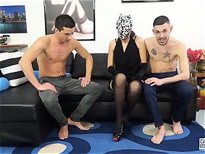 audition ALLA ITALIANA MMF threesome for Italian babe