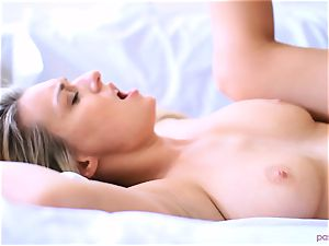 Boxing honey Natalia Starr ends her workout in a different way