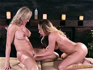 Carter Cruise and Brandi love in lesbian pornography