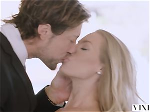 VIXEN Nicole Aniston Surprises Her beau With red-hot hump