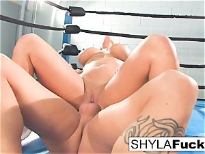 Shyla gets some lessons on grappling instructing